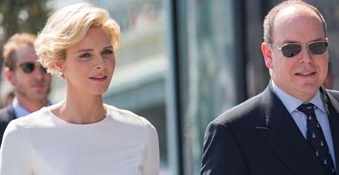<em>Charlène et Albert de Monaco annonce la naissance de jumeaux</em>