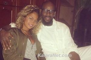 R. Kelly en couple avec une adloescente – KalaraNet.com – Août 2016