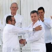 Le chef d'État de Colombie et le leader Farcs