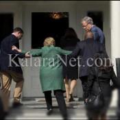 Hillary Clinton épaulée par deux hommes
